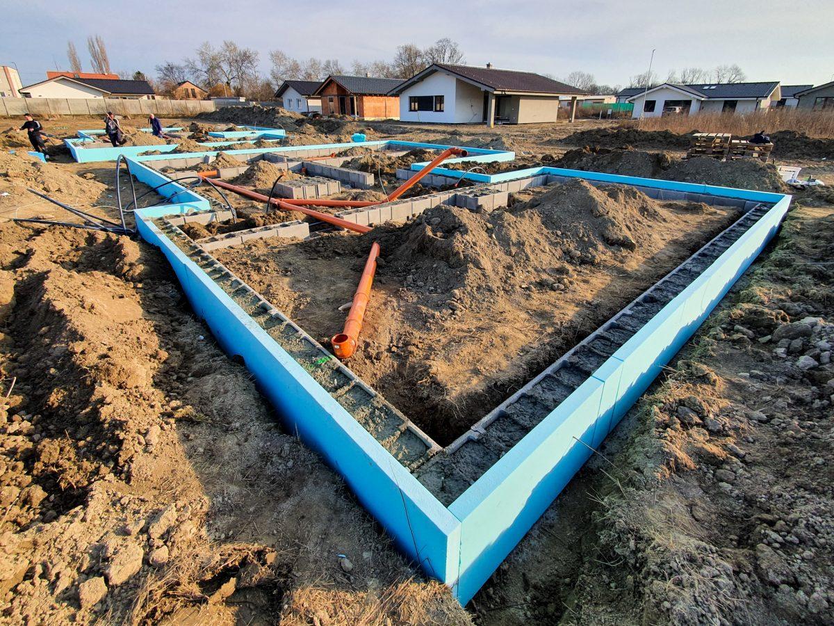 Začali sme poslednú etapu výstavby rodinných domov v Lastovičkách